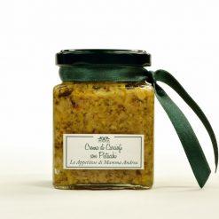 Crema di carciofi con pistacchi