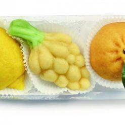 Fruttini di pasta reale con ripieno