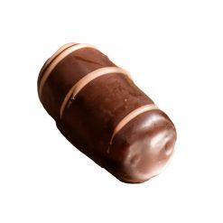 Bocconcino di datteri e arance ricopoperto di cioccolato fondente