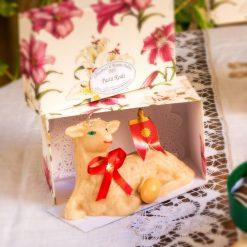 Agnello seduto  - scatola regalo rettangolare
